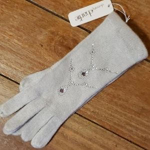 NWT Charming Charlie Light Grey Rhinestone Gloves